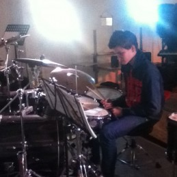 homepage-drum-pic2